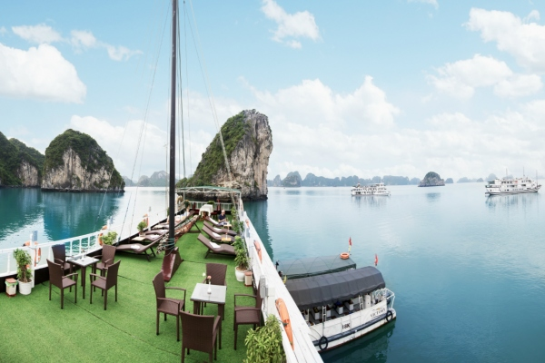 Halong Bay 2 days/1 night on Cruise